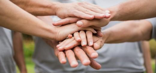 vantaggi-altruismo-valore-comunita-condivisione